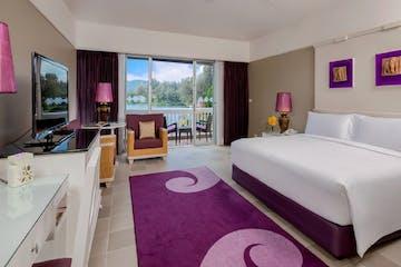 Laguna room - bed