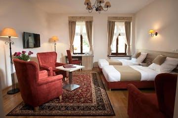Standard room, Santi Hotel