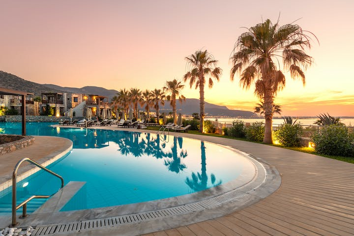 Treat yourself to relaxing break close to the Mediterranean sea