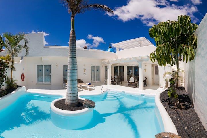 Premier Garden Villa