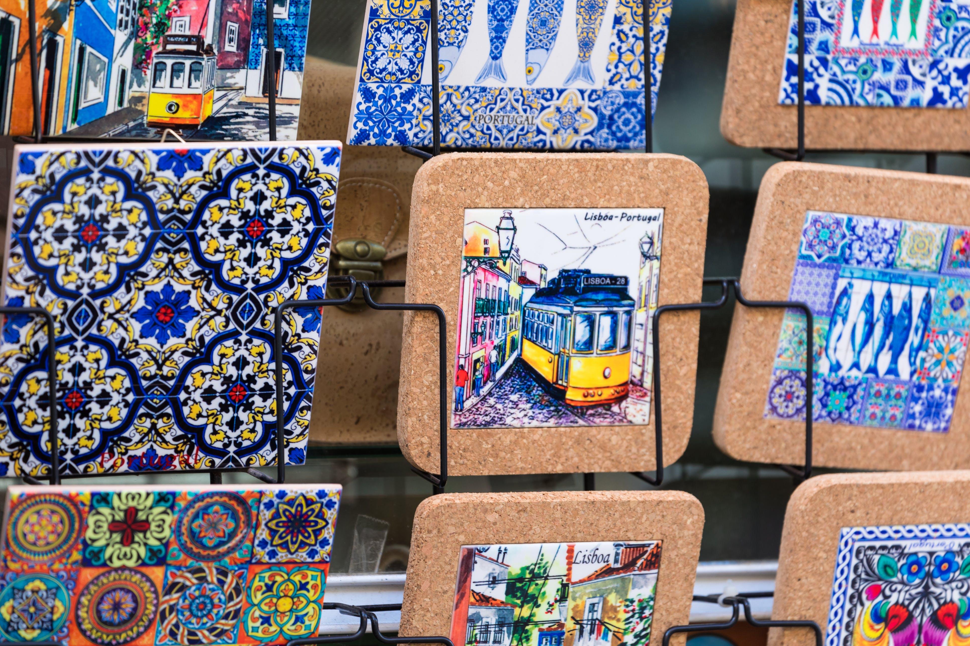 Koop een leuk souvenirtje, typisch voor Portugal