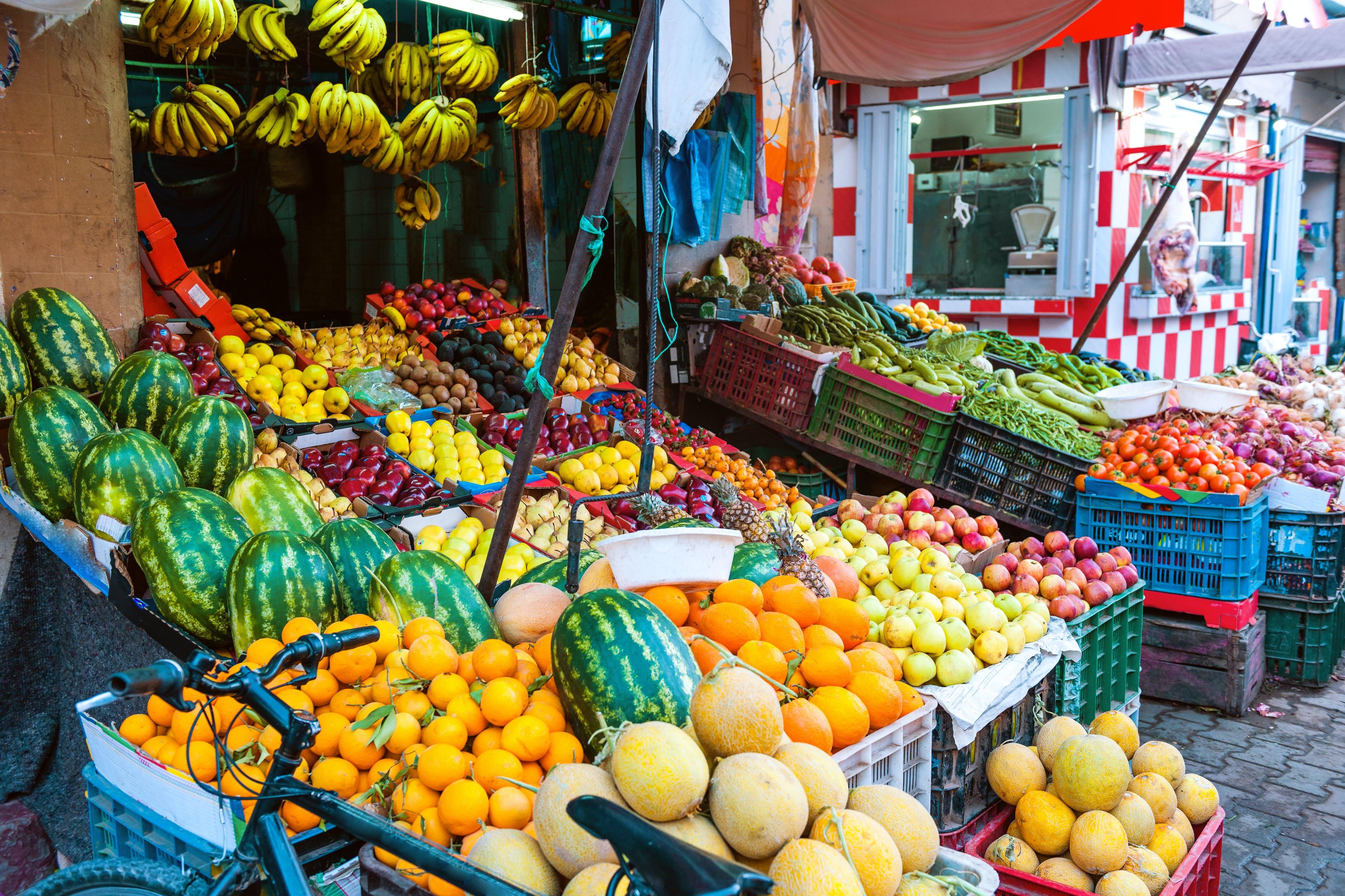 De groenten- en fruitmarkt in Fez