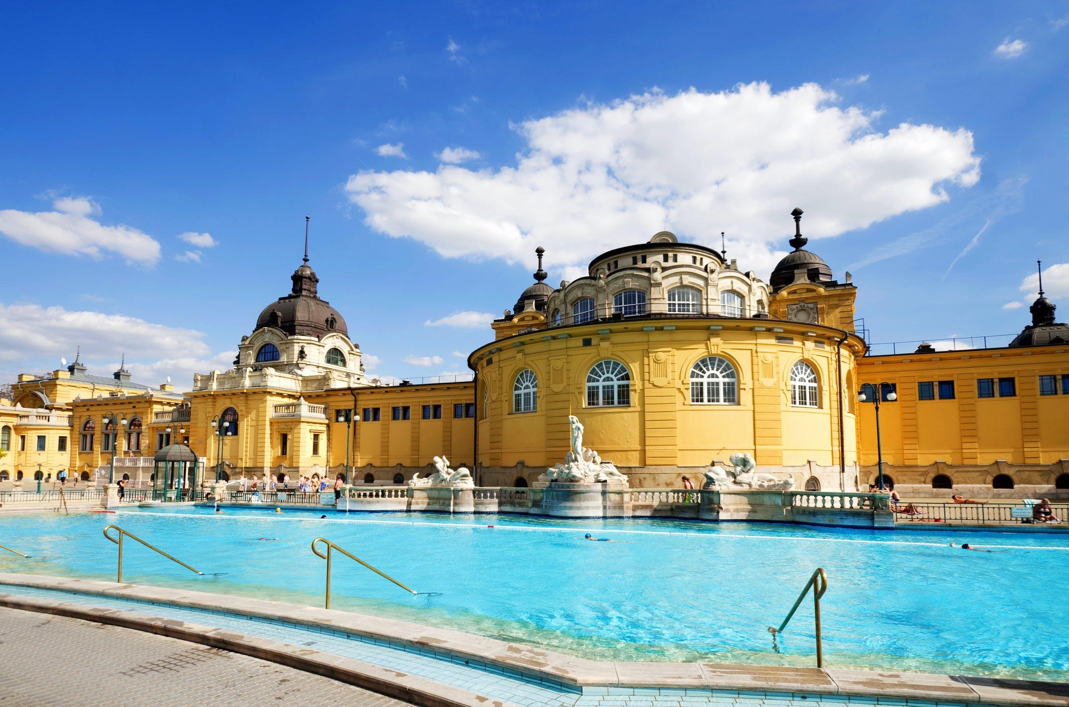 Het Széchenyi Badhuis is een grote favoriet onder toeristen én inwoners van de stad
