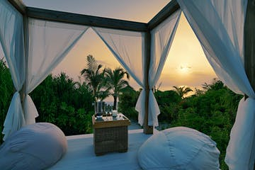 Sunrise-Beach-Pool-Suite